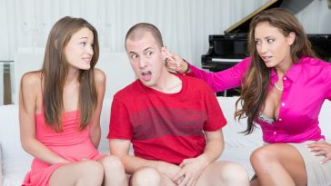 Moms Bang Teens Kaci Lynn & Eva Notty in Naughty Notty with Jessy Jones 6