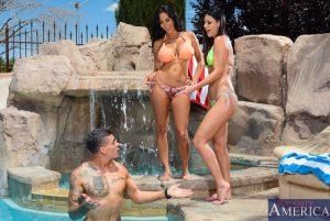 Naughty America Ava Addams & India Summer in My Friends Hot Mom 2