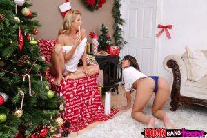 Moms Bang Teens Alexis Fawx & Sophia Leone in Sneaky Santa 5