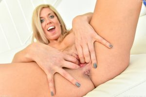 Ftv Milfs Parker in Happily Married Milf 30