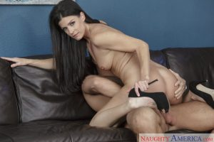 Naughty America India Summer in Seduced by a Cougar 6